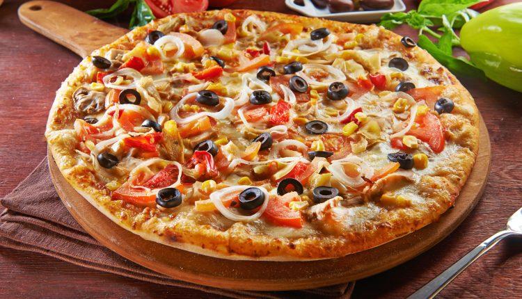 طريقة عمل بيتزا الطاسه