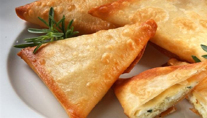 طريقة عمل سمبوسة بالجبنة