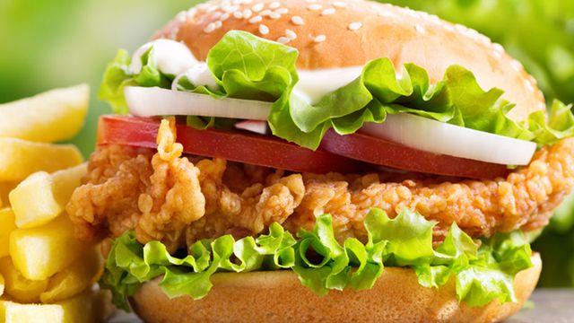 طريقة عمل برجر دجاج بدون بقسماط