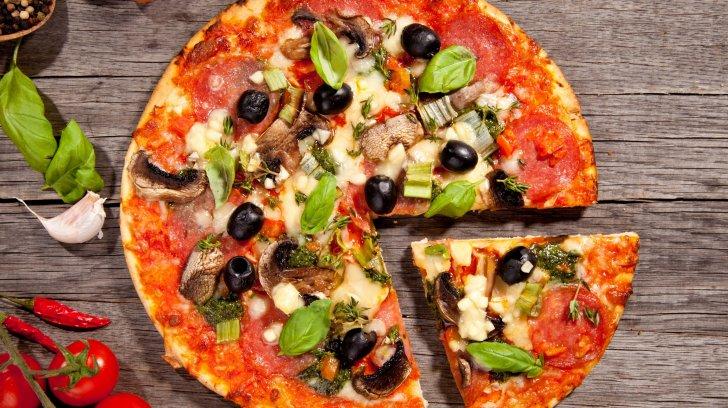طريقة عمل وتحضير بيتزا كوتشينه
