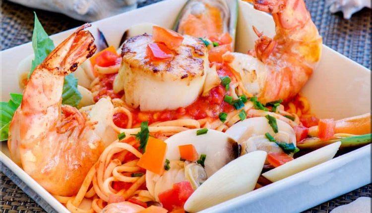 اسباجيتي بالمأكولات البحرية