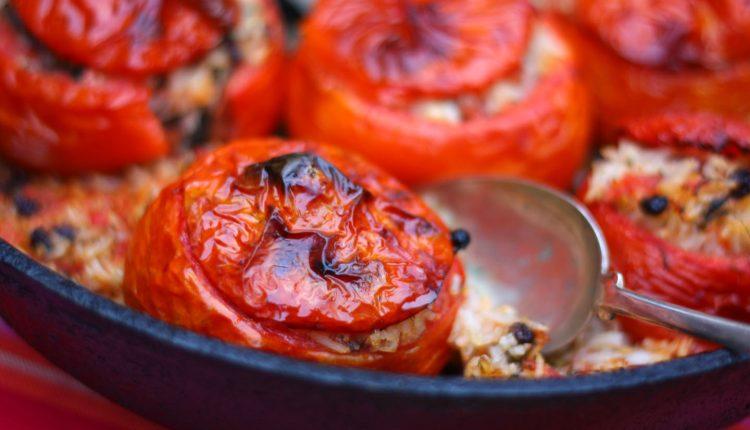 طماطم محشية بالبرغل