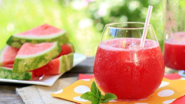طريقة عمل عصير كوكتيل الشمام والبطيخ
