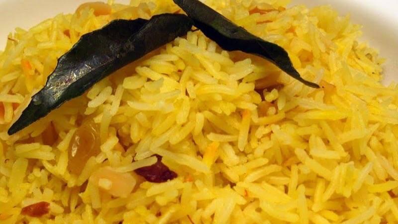 طريقة عمل الأرز البسمتي بالكركم
