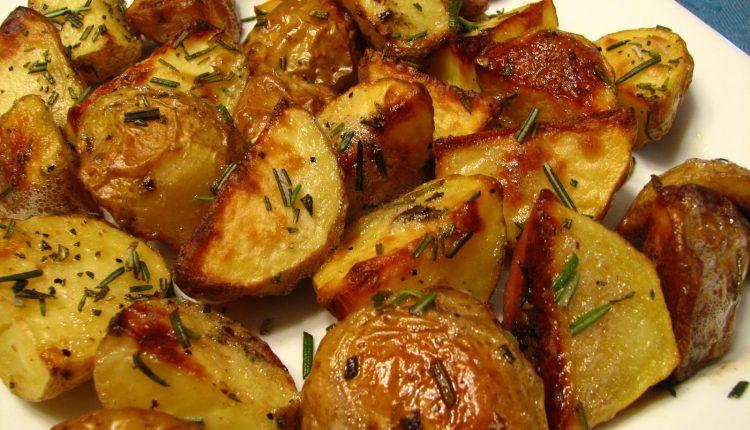 البطاطس المشوية للدايت