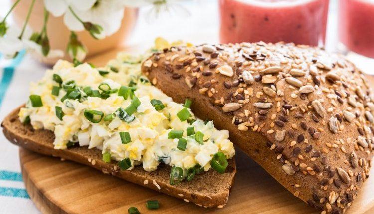 ساندويتش البيض المسلوق للرجيم