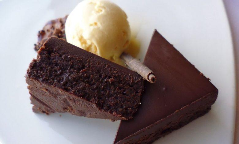 طريقة حلى الشوكولاتة الداكنة