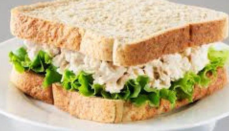 ساندويش زنجر مشوي للرجيم