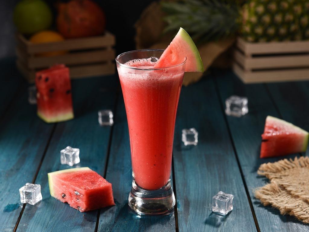 كيفية عمل سموثي البطيخ بالكريمة