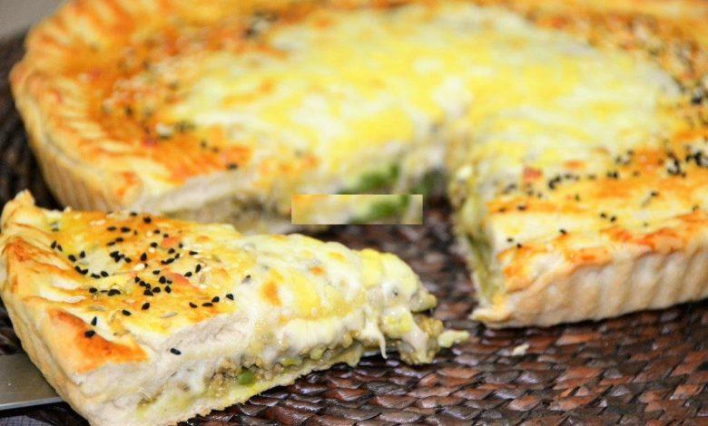 طريقة تحضير فطيرة الدجاج بالجبن