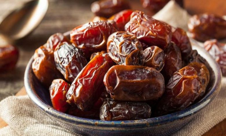 أكلات شعبية سعودية بالتمر